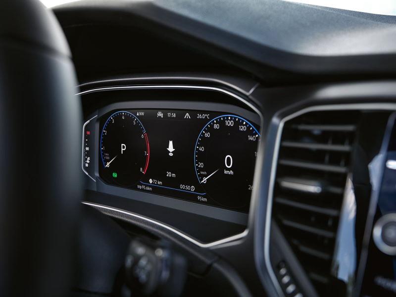 VW-T-Roc-Cabriolet-Cockpit